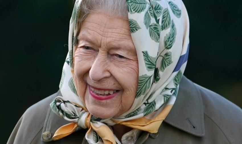Queen's cautious overnight stay in hospital was for practical reasons